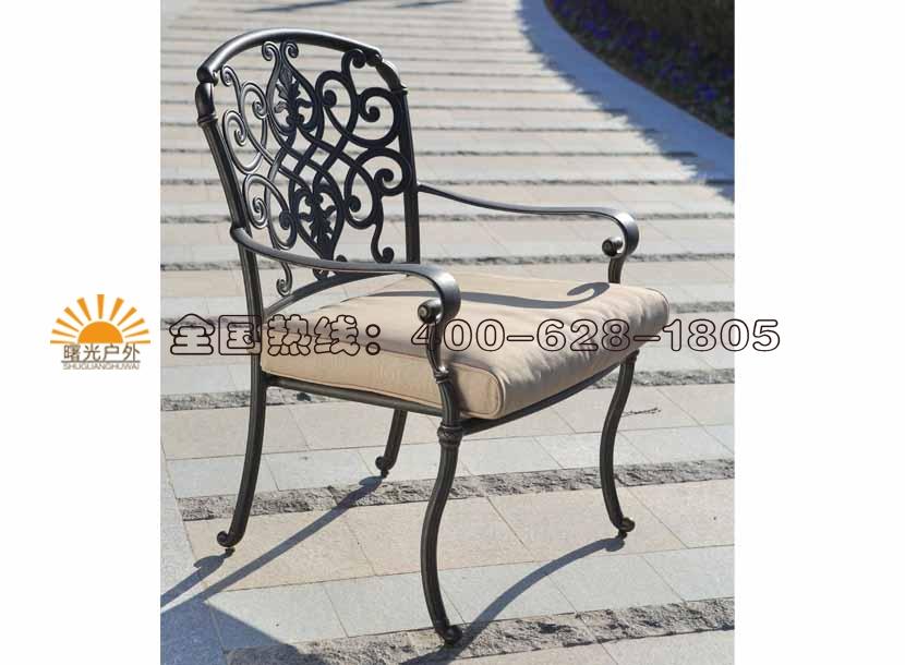 收米直播nba足球篮球互动平台铸铝沙发、铸铝桌椅、铸铝沙发、铸铝躺椅